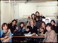 ▲講師を務める横浜愛犬美容高等学園のみなさんと