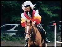 ▲アシェンダ乗馬学校にて横浜市民馬術大会が行われ、今年も参加しました。